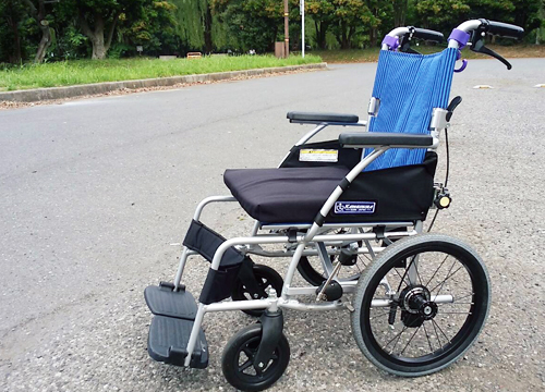 車椅子(無 料)